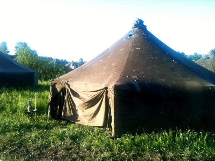 Junttien.teltta.ja.maskotti.Jukolassa
