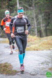 Juoksijapoikaa laulattaa (Kuva Juha Saastamoinen)